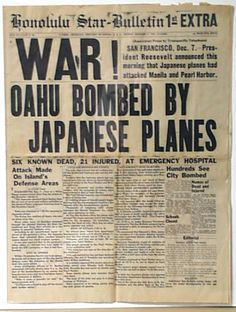 "Best of all Pearl Harbor newspapers...  HONOLULU STAR BULLETIN, 1st EXTRA, December 7, 1941...  ""WAR! OAHU BOMBED BY JAPANESE PLANES""..."