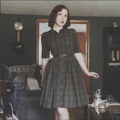 Likes, 59 Comments - The Pinup Companion ( on 50s Dresses, Vintage Dresses, Vintage Outfits, 1940s Outfits, Pretty Outfits, Pretty Dresses, Cool Outfits, Beautiful Outfits, 1940s Fashion