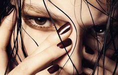 7 Tips for Dark Nail Polish This Summer