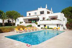 Take A Look At Villa Conchas In Armacao de Pera, Algarve Algarve, Portugal, Easter Holidays, Places To Visit, Villa, Mansions, House Styles, Car, Outdoor Decor