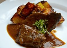Vepřová játra - luxusní recept - TopRecepty.cz Czech Recipes, International Recipes, Ham, Steak, Food And Drink, Treats, Homemade, Cooking, Health