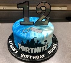 Birthday Poster Ideas For Teenagers 47 Ideas For 2019 Birthday Cakes For Men, 12th Birthday Cake, Bithday Cake, Birthday Party Tables, 10th Birthday Parties, Birthday Dinners, Cakes For Boys, Birthday Celebration, Birthday Ideas