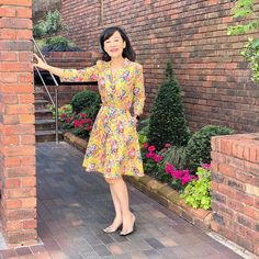 """Lee Suet Fern on Instagram: """"With a name as delightful as """"Magical Bouquet"""" of course this piece of fabric had to come to the top of the queue of """"to sew"""" fabrics.…"""" Sew Over It, Dress Sewing, Body Size, Pdf Sewing Patterns, Buttonholes, Vintage Shirts, Fern, Body Shapes, Bodice"""