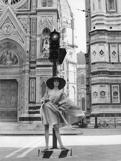 Fashion photo by Rico Puhlmann, Florence, published in Elegante Welt, 1961
