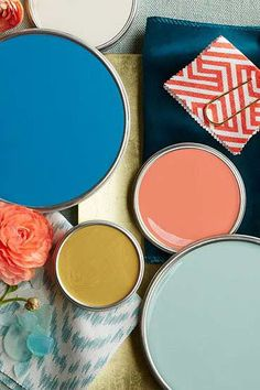 We've got everything you need to know about choosing the right paint sheen for the job. We've got everything you need to know about choosing the right paint sheen for the job. Brown Paint Colors, New Paint Colors, Paint Color Palettes, Tropical Bedroom Decor, Tropical Bedrooms, Painting Tips, House Painting, Painting Walls, Paint Sheen