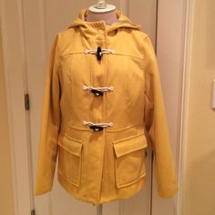 """Old Navy """"pea coat"""" Great bright yellow hooded coat with rope and bead closure. Gently Worn, very good condition Old Navy Jackets & Coats Pea Coats"""