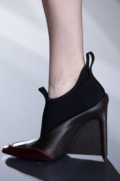 Balenciaga Fall 2014 Ready-to-Wear Collection Slideshow on Style.com