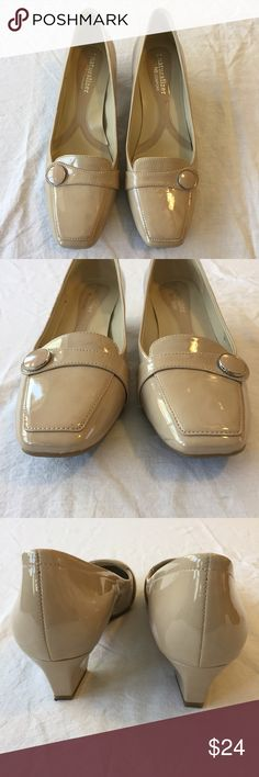 """.Naturalizer. Nude patent heeled Fulton loafer Nude patent heeled Fulton loafer from Naturalizer. Cute button detail. Man made materials. Soles show almost no wear. Nearly perfect condition with the exception of a couple very minor scuffs on the sides. Size 6.5. 1.5"""" heel. Cute, comfortable, and professional! Naturalizer Shoes Flats & Loafers"""