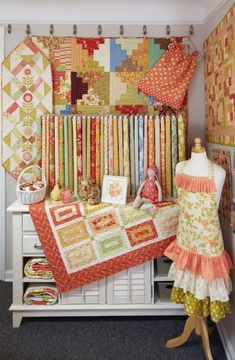JEllen's House of Fabric in Lyndhurst, Ohio, offers quilters a welcoming atmosphere and plenty of colorful inspiration.