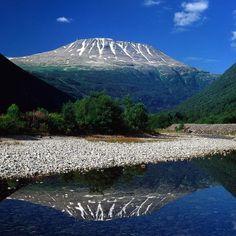 Gaustatoppen - Rjukan     https://res-4.cloudinary.com/simpleview/image/fetch/c_scale,f_jpg,q_65,w_1200/http://media.tellus.no/images/%3Fd%3D75%26p%3D2634%26t%3D4&.jpeg    .   http://www.visitnorway.de/listings/gaustatoppen/30351/   .   http://www.visitrjukan.com/