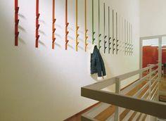 Didi System, Coat hooks, modular, in metal, for residential and business use Modern Coat Hooks, Custom Metal Fabrication, Metal Design, Rack Design, Luminaire Design, Blog Deco, Coat Hanger, Coat Racks, New Home Designs