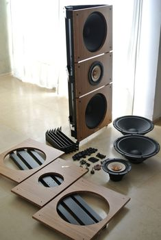 Modular, self assembly audiophile-grade Open Baffle Speakers concept. Houses any Open Baffle driver, up to incl. Open Baffle Speakers, Home Audio Speakers, Diy Speakers, Audio Room, Built In Speakers, Hifi Audio, Audiophile Speakers, Audio Design, Sound Design