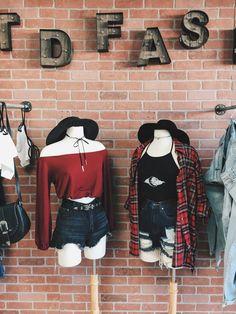 pinterest // @924midnight School Fashion, Punk Fashion, Grunge Fashion, All Fashion, Korean Fashion, Fashion Outfits, Womens Fashion, Fashion 2017, Grunge Outfits