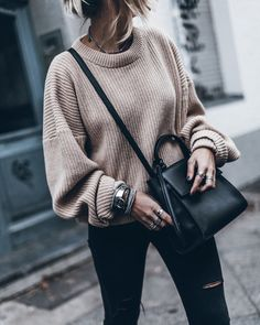 to combine oversize sweater properly 10 best-oversize pulli richtig kombinieren 10 besten to combine oversize pullover properly 10 best – - Looks Street Style, Looks Style, Fall Winter Outfits, Autumn Winter Fashion, Winter Clothes, Autumn Fall, Spring Outfits, Mode Outfits, Casual Outfits