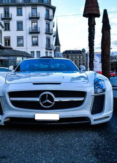 Add this #Mercedes-Benz #SLS to your wishlist on Garagesocial.com!
