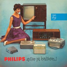 Philips home electronics ad, early Radios, Old Advertisements, Retro Advertising, Retro Ads, Vintage Tv, Vintage Posters, Radio Antigua, Television Set, Antique Radio