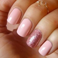 Complete your look for with one of these cute nail polish ideas. Complete your look for with one of these cute nail polish ideas. Complete your look for with one of these cute nail polish ideas. Glitter Accent Nails, Glitter Nail Art, Red Glitter, Gel Overlay Nails, Sparkles Glitter, Love Nails, Pretty Nails, Sexy Nails, Chic Nails