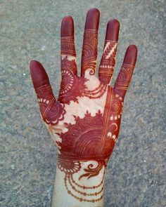 8 Front Side Mehndi Design Ideas That Will Give Your Bridal Lehenga Heavy Competition! Front Mehndi Design, Indian Mehndi Designs, Latest Bridal Mehndi Designs, Full Hand Mehndi Designs, Stylish Mehndi Designs, Mehndi Designs 2018, Henna Art Designs, Mehndi Designs For Girls, Mehndi Design Photos