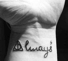 Harry potter tattoo⚡NEED! THIS IS THE ONE IM GETTING ON MY HIP LIKE NO ARGUMENT OR CHANGE OF MIND, IT'S GOING DOWN!