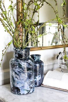 DIY Marbled Vases an