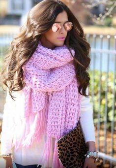 I want that scarfffff
