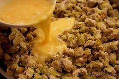 Παραδοσιακή πρωτοχρονιάτικη κρεατόπιτα ⋆ Cook Eat Up! Grains, Rice, Kitchen, Food, Cooking, Kitchens, Essen, Meals, Cuisine