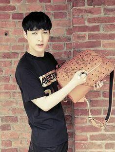 EXO | 140925 | Lay | EXO MCM Worldwide Website Update | Facebook