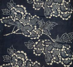 Asa Katazome textile panel, Japan, Meiji (circa Katazome is a resist dye technique in which a paste of rice flour and bran is applied to a cloth through a . Japanese Textiles, Japanese Patterns, Japanese Fabric, Japanese Prints, Japanese Design, Japanese Art, Japanese Flowers, Textile Texture, Textile Prints