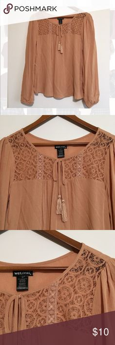 Wet SeL Medium Long Sleeve Blouse Wet Seal  Medium Long Sleeve Blouse Pre Owned  No Flaws  Feel free to ask questions  Items ship same or next day  Thank you for shopping by Wet Seal Tops Blouses