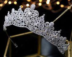 Wedding Belts, Wedding Tiaras, Bride Tiara, Silver Tiara, Crystal Crown, Bridal Crown, Tiaras And Crowns, Cute Jewelry, Jewelry Sets