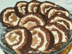 Desať receptov na sladké rolády: makové, orechové, čokoládové alebo aj bez múky Sweet Desserts, Sweet Recipes, Dessert Recipes, Kolaci I Torte, 3d Cakes, Russian Recipes, Toffee, Nutella, Food And Drink