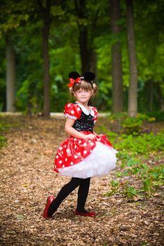 Minnie Mouse costume idea