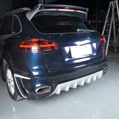 When the car meets the modified accessories, just like the tomato meets the potato, a slight change is a perfect transformation ML-XM191 Carbon Fiber Roof Car Wing for #Porsche #Cayenne 958 Turbo S Sport 4-Door 2015-2017 #PorscheCayenne958 #Porsche958 #Cayenne958 #Porsche958Roofspoiler #Cayenne958Roofspoiler #CarbonFiber #BodyKit #PorscheBodyKit Porsche Parts, Carbon Fiber, Trunks, Vehicles, Potato, Change, Accessories, Sport, Drift Wood