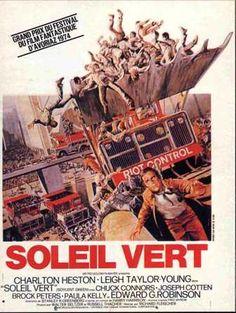Charlton Heston in Soylent Green Films Cinema, Cinema Posters, Band Posters, Film Posters, Grand Prix, O Grande Gatsby, Film Science Fiction, Fiction Movies, Soylent Green