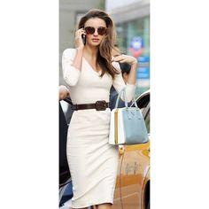 Love her classy style.Miranda Kerr via @vogue_official