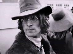 """callemodista: """"John Lennon """""""