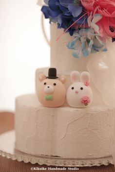 Bunny, Rabbit and Bear wedding cake topper #wedding cake