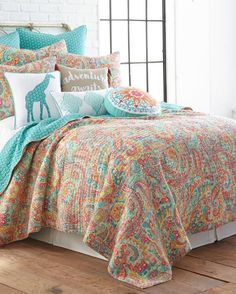 Pin by Amanda Myers on Quilts! | Pinterest | Luxury, Bed linen and ... : designer quilts bedding - Adamdwight.com