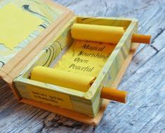 Scroll in a box This is another double-rod scroll format. The scroll is permanently bound inside a box where it can be rolled up in either d. Paper Book, Paper Art, Book Crafts, Paper Crafts, Tunnel Book, Homemade Books, Book Projects, Book Journal, Journal Covers