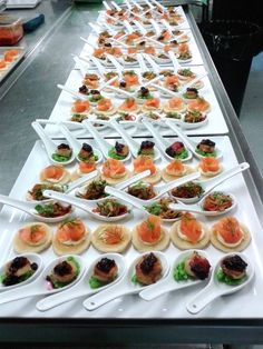 it& all about the visual. Use wasabi or mashed potato on the bottom of the spoons so they won& slide Wedding Canapes, Wedding Catering, Catering Menu, Catering Ideas, Make Ahead Christmas Appetizers, Kreative Desserts, Food Displays, Mini Desserts, Appetisers