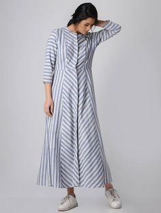 Women Dresses indian - Buy Blue Striped Paneled Button Down Cotton Khadi Maxi Dress Women Dresses Amazing Maxi Dress To InspireCheap Women S Fashion WebsitesMaxi dresses have been around since the This particular cut was said to have been the bra Stylish Dresses, Simple Dresses, Casual Dresses, Maxi Dresses, Cotton Dress Indian, Cotton Dresses, Khadi, Modele Hijab, Kurta Neck Design