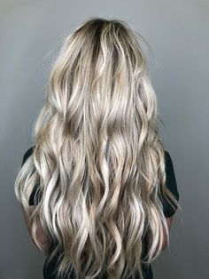 Blonde hair, created with faded foils and 2 Rows of NBR -Natural Beaded Rows.  INSTAGRAM @hair_mechanicaz Extensions Before After, Colored Hair Extensions, Hair Goals, Hair Ideas, Blonde Hair, Hair Color, Long Hair Styles, Natural, Beauty