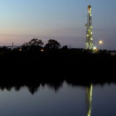 A new study discovers high levels of arsenic, selenium and strontium in groundwater close by the natural gas fracking sites in Texas. Scientists found metals at levels above EPA's maximum contaminate level for drinking water.
