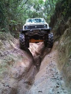 4x4 Off Road Suzuki  Best 4x4 cars ........................ #Off #Road #4x4…