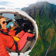 Photo of the Day! No doors? No problem for @ckellyortel over the #NaPali…