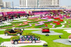 ¿Quieres ver algo insólito, colorido, alegre y terriblemente ecológico? Son estos jardines, el plato fuerte de hoy.