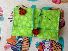 Pitillera mariquitas Pot Holders, Cigarette Case, Ladybugs, Hipster Stuff, Hot Pads, Potholders, Planters