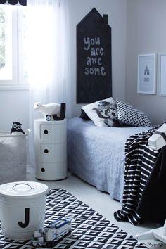 Valkoinen Soihtu: Täydellinen matto pojan huoneeseen