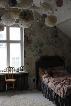 Bedroom | Wallpaper Faded Passion | Sandberg Wallpaper