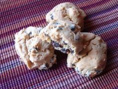 Pumpkin chocolate chip cookies--yum! Will have to alter a few things so I can have it...
